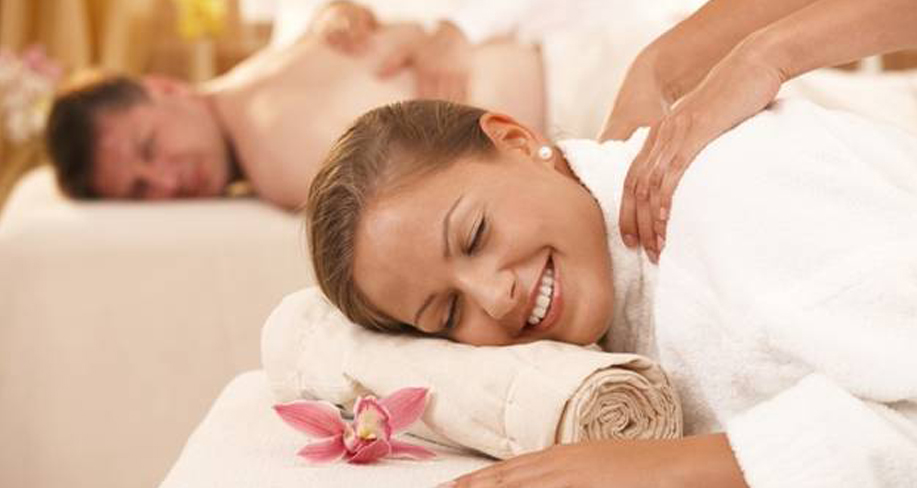 Keep the Romance Alive with a Couples Massage